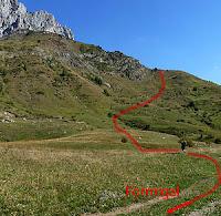 Aproximando a la vía Valle de Tena en la Foratata Oriental