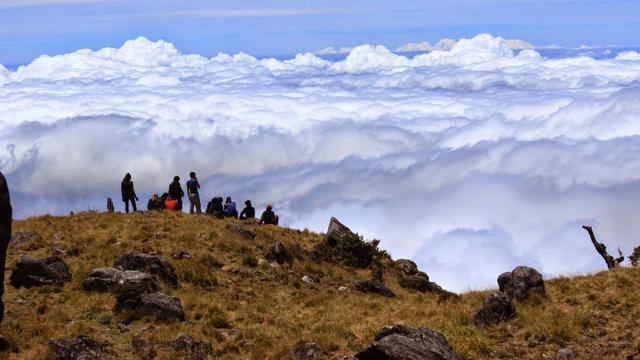 Puncak Gunung Bawakaraeng
