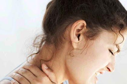 Waspada!!! Menggerakkan Leher Sampai Berbunyi Krek Berpotensi Merobek Pembuluh Arteri
