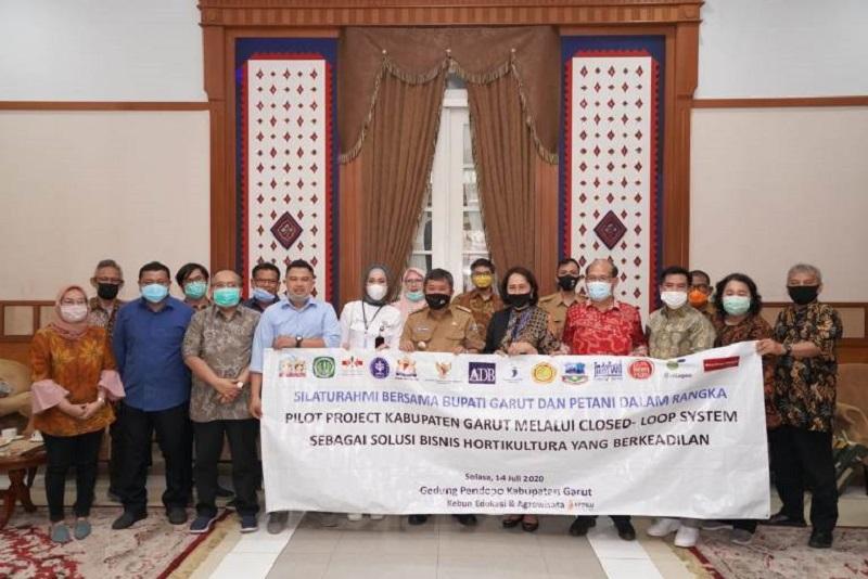 Sebagai Sentra Produksi Hortikultura, Kabupaten Garut Jadi Pilot Project Closed–Loop Sistem