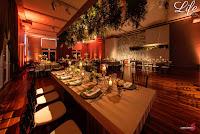 casamento organizado por life eventos especiais na casa vetro em porto alegre com decoração botanica greenery branco verde e prata sofisticada elegante decoração cerimonial