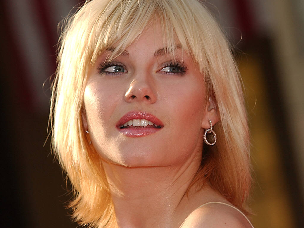 Elisha Cuthbert Hd Wallpapers: Bollywood Hd Wallpapers 1080p: Elisha Cuthbert HD Wallpapers