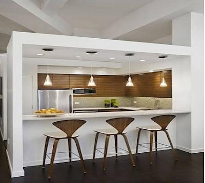 .Ruang Makan Simple Berdekorasi Lampu Gantung