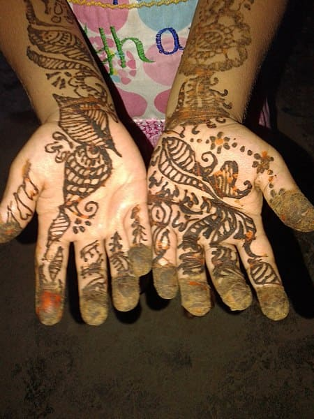 Free Download Mehndi lage k rakna, Mehndi Arabic Download latest and new Mehndi easy designs for bridal