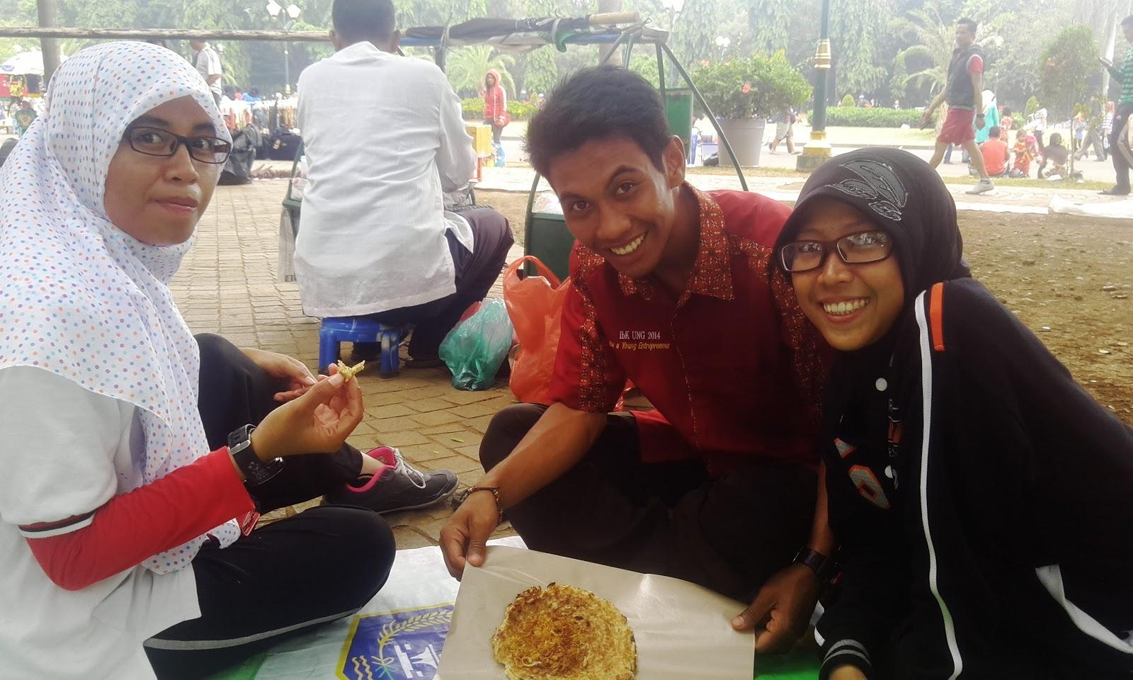 Wisata Makanan Khas Jakarta Kerang Telur