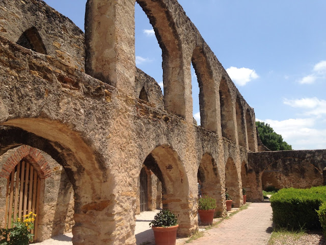 Spanish misison, San Antonio, Texas