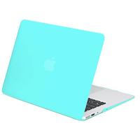Laptop Cover - Must have law school supplies | brazenandbrunette.com