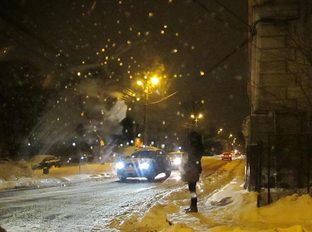 Iaşi - Ninge pe-nserat - blog FOTO-IDEEA