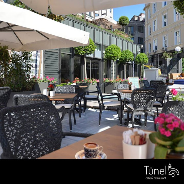 http://www.tunel6cafe.com/