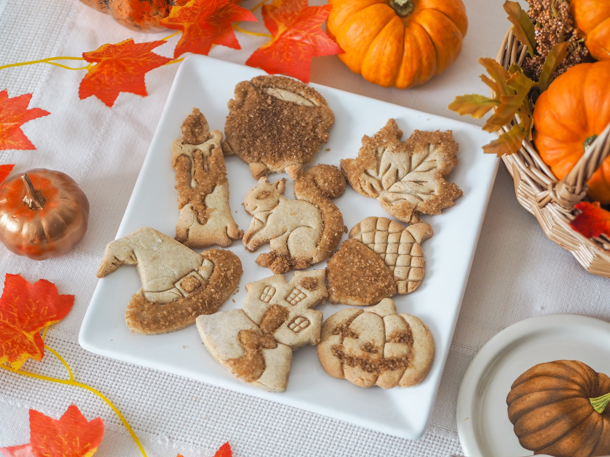 Pumpkin Spiced Autumn & Halloween Cookie Recipe, Katie Kirk Loves, Autumn Recipe, Fall Recipe, UK Food Blogger, Sugar Cookies, Pumpkin Spice Cookies, Pumpkin Spice Sugar Cookies, Halloween Recipe, Autumn Baking, Fall Baking, Biscuit Recipe, UK Recipe