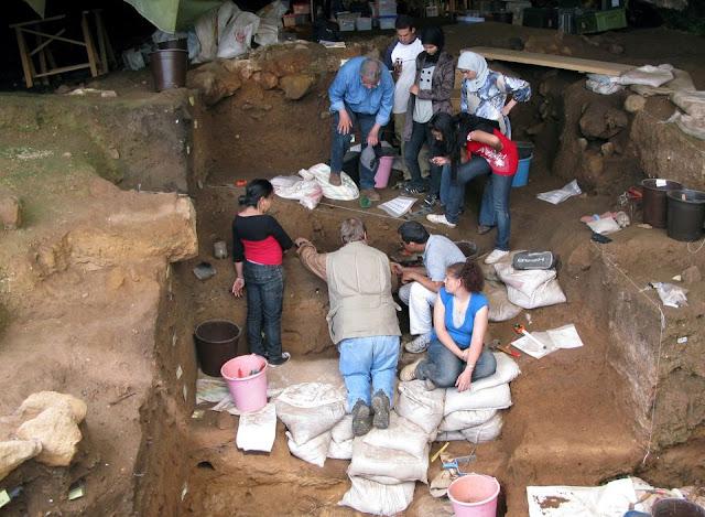 اكتشاف أثري  الملابس التاريخ المغرب