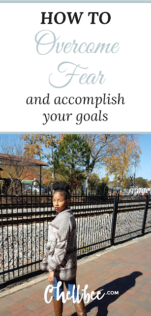 Overcome Fear | Learn 3 simple tips that will help you step out of your comfort zone and go for your goals. These tips are perfect for moms, girl bosses, and college girls. Successful women| Life lessons | Self improvement | #fear #goals