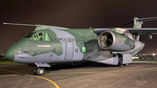Em meio à crise, Brasil envia maior avião de carga para treinar nos EUA