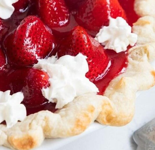 FRESH STRAWBERRY PIE #desserts #summerdessert