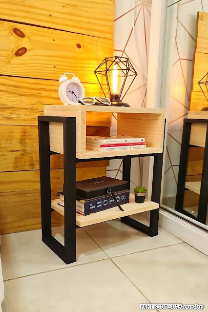 Mesa cabeceira madeira