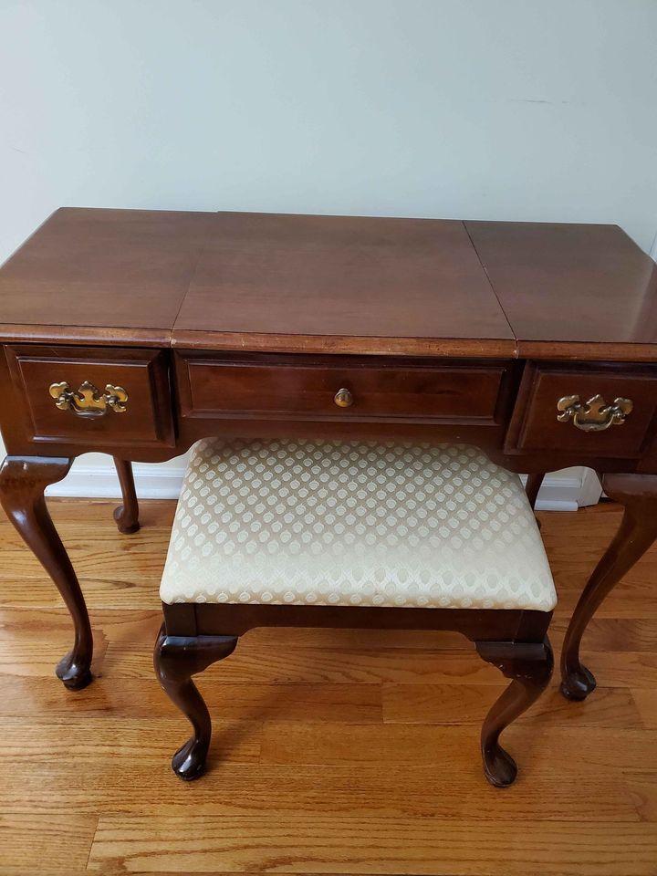 Tri-State Area vintage furniture sale
