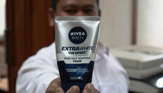 NIVEA MEN Perawatan Wajah Extra Cerah Sepanjang Hari