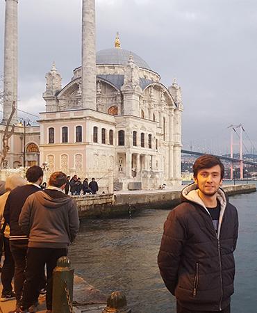 Harun İstenci İstanbul Beşiktaş Ortaköy Moschee
