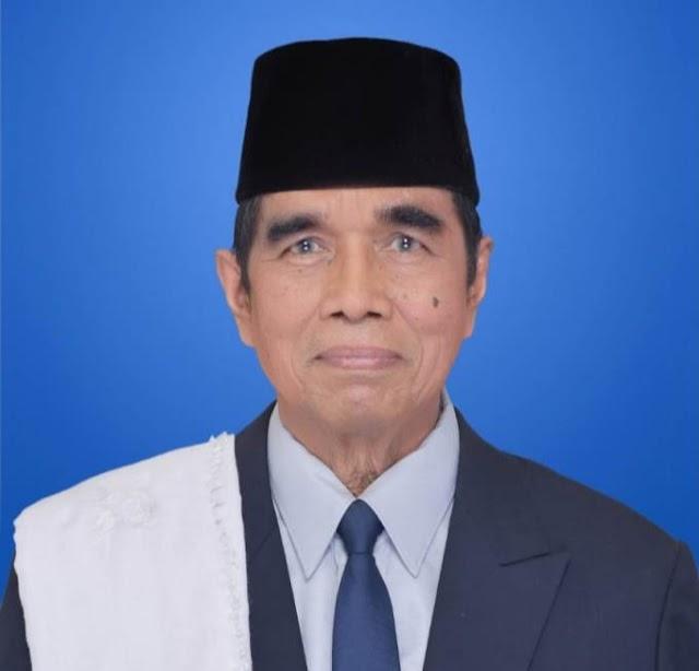 HIKMAH MEMELHARA SILATURAHIM DALAM PERSPEKTIF ISLAM