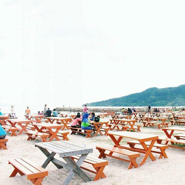 Pantai Bosur Tapanuli tengah