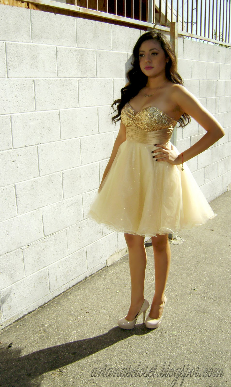0fcabcc0fe5 Ariana s Closet  The Golden Touch  Promgirl.net Review