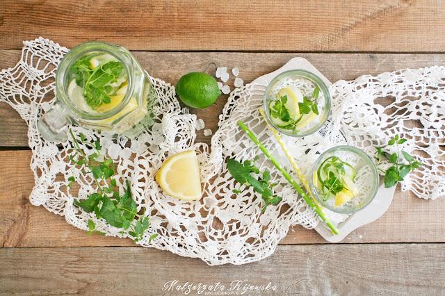 napoje chłodzące, ogórkowy napój, napoje na lato, ze świeżego ogórka, z miętą, cytrynowy, daylicooking, Małgorzata Kijowska