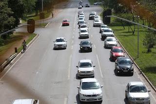 Placas de veículos terão até dezembro padrão dos países do Mercosul