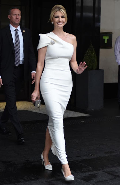 Trump UK visit: Ivanka stuns in white gown at Winfield House ...