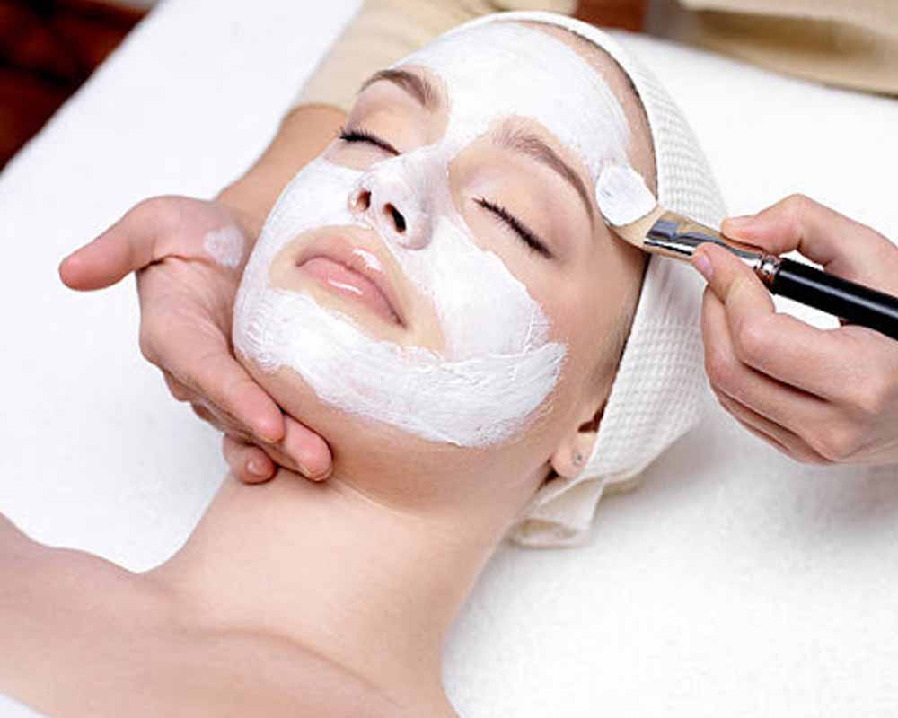 Beauty parlour tips in marathi | beauty parlour tips | beauty parlor makeup,beauty parlour tips hindi,beauty parlour tips,beauty parlour tips in telugu,beauty parlour tips in tamil,beauty parlour vastu tips in marathi,beauty parlour tips in marathi