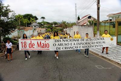 Prefeitura de Juquiá realiza Caminhada de Manifestação ao Dia Nacional de Combate ao Abuso e à Exploração Sexual de Crianças e Adolescentes