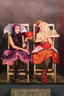 West Shopping apresenta a peça infantil 'Escola de Conto de Fadas'
