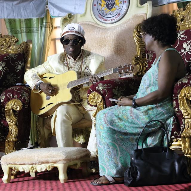 Prof. (Sir) Victor Uwaifo playing Joromi