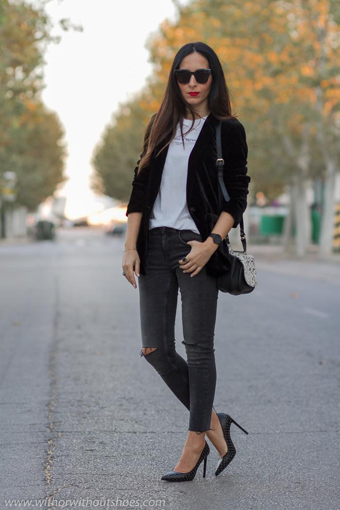Los mejores looks outfits street style con chaquetas de terciopelo bonitas