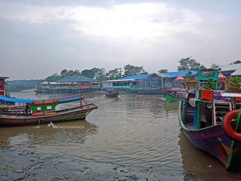 Restoran Terapung Bagan Percut