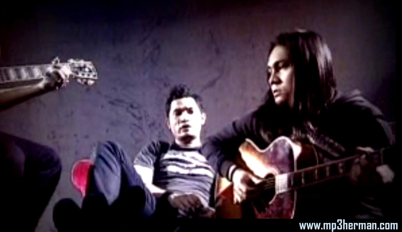 Download lagu andra and the backbone sempurna acoustic version.