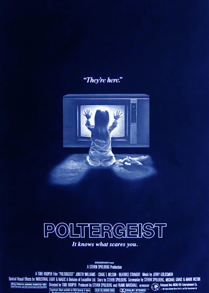 Poster of Poltergeist 1982 720p Hindi BRRip Dual Audio Full Movie Download