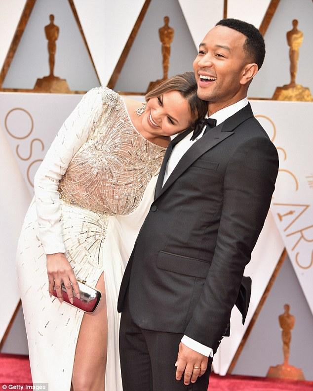 Chrissy Teigen wears Zuhair Murad to the 2017 Oscars