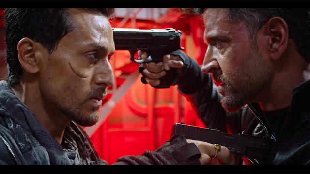 War full movie leaked online by Tamilrockers : इस वेबसाइट पर ऑनलाइन लीक हुआ यह जबरदस्त एक्शन फिल्म