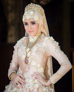 Foto Cara Hijab Untuk Kebaya Muslim Pernikahan