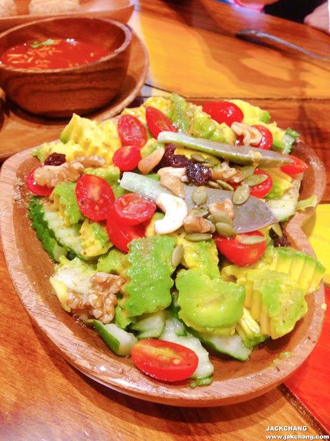 酪梨蔬菜沙拉