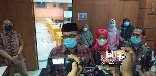 Sekda Provinsi Jambi Secara Resmi Membuka Focus Group discussion Biro Perekonomian.