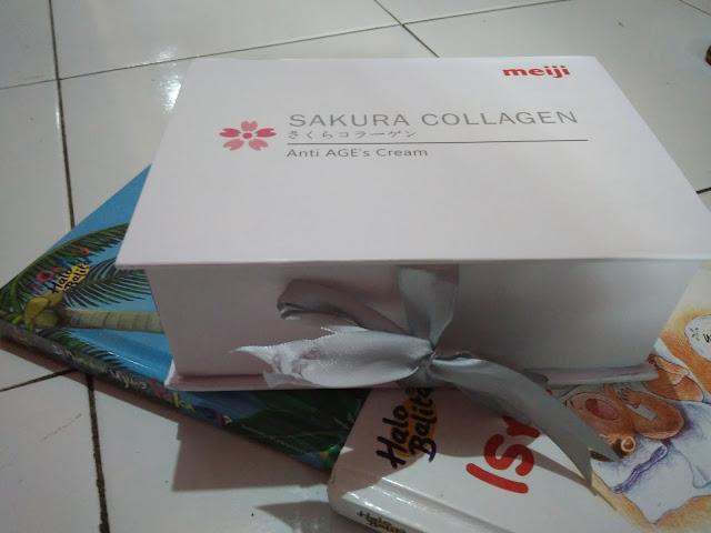 Paket Sakura Collagen dari PT Meiji