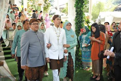 Foto-foto Gubernur Aher Nikahkan Putra Kedua