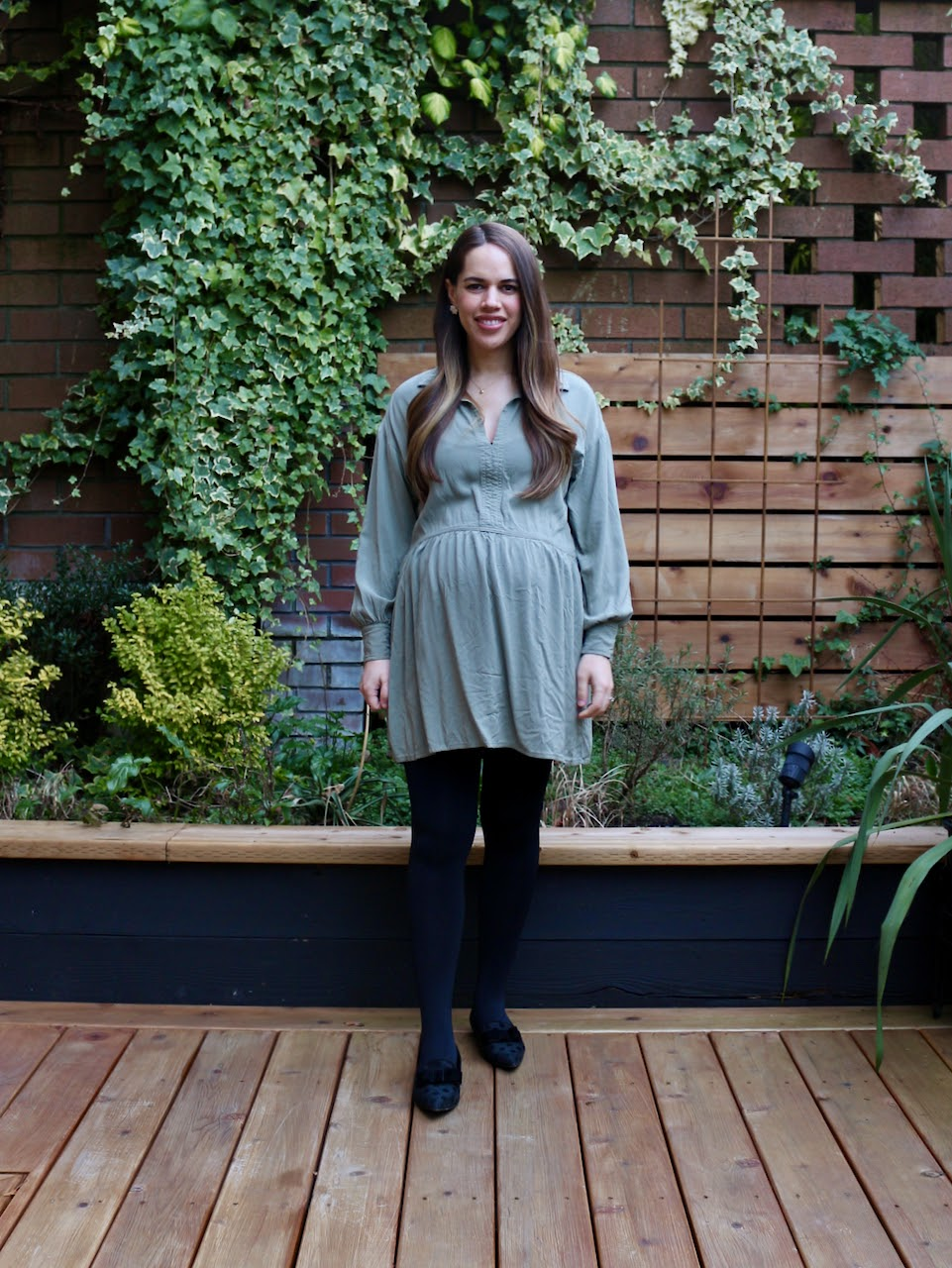 Jules in Flats - Airy Long Sleeve Swing Dress (Business Casual Workwear on a Budget)