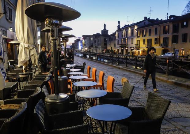 Covid: 1 mln di italiani a cena fuori dopo stop di sei mesi