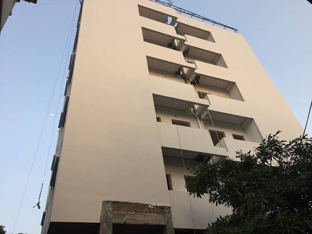 Tòa chung cư mini Đông Ngạc 4C cũng đang đi vào nhưng công đoạn cuối cùng