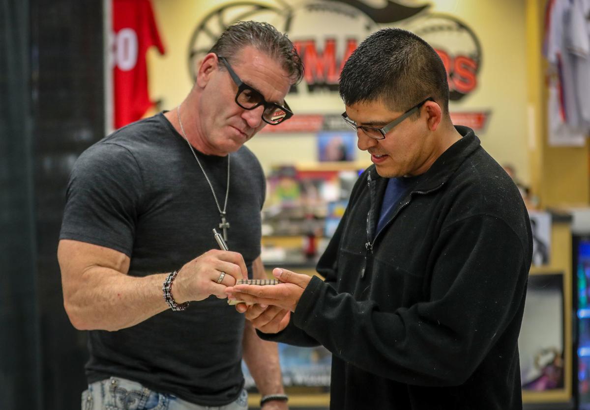 Mr Kung Fu Ken Shamrock Faz Discurso Motivacional Para