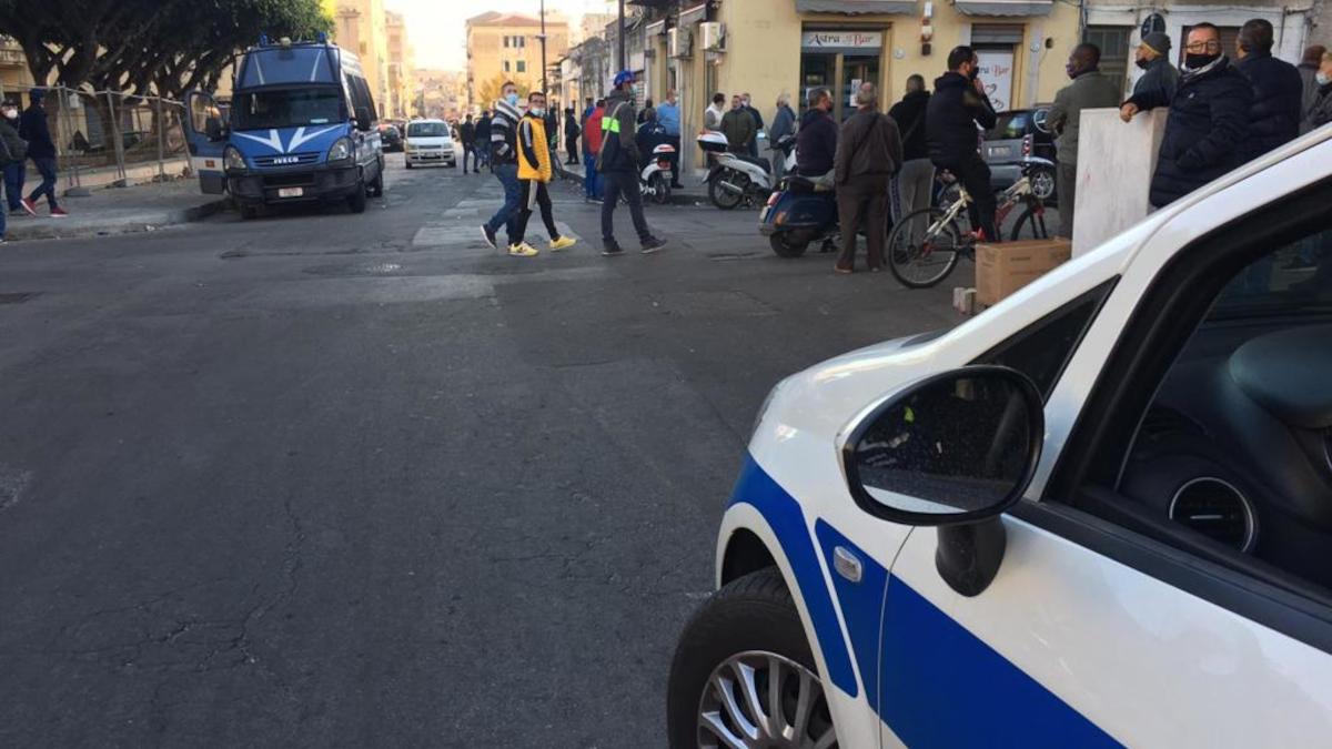 Divieto stazionamento centro storico Catania Pogliese Movida