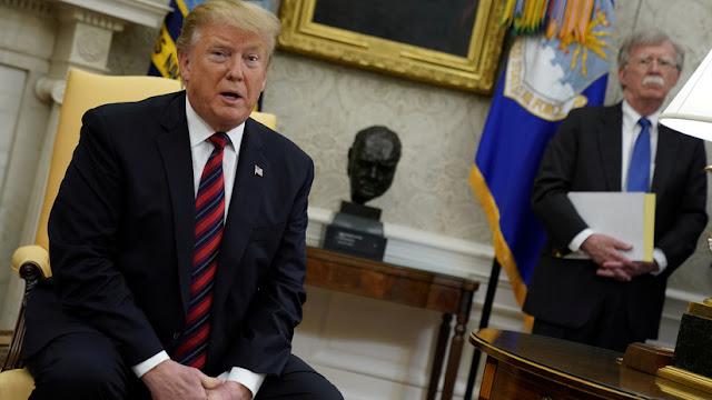 New York Times: Trump reprocha a Bolton tratar de arrastrarlo a un camino al que él no quiere ir