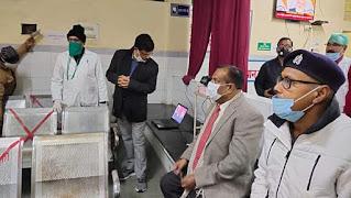कोरोना का पहला टीका सफाई कर्मी का लगाया गया  | #NayaSaberaNetwork